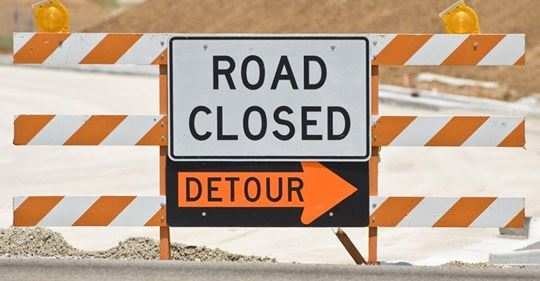 Road Closed Detour Sign (IMAGE)